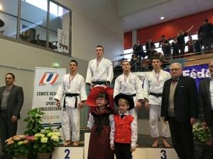 Judo podium garçon France U